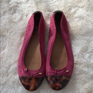 Clark indigo pink flats with tortoise toes size 8.